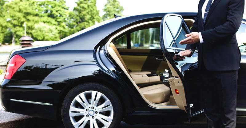 Alquiler de coches de lujo con conductor
