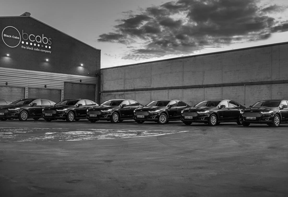 flota de vehículos ford mondeo híbridos